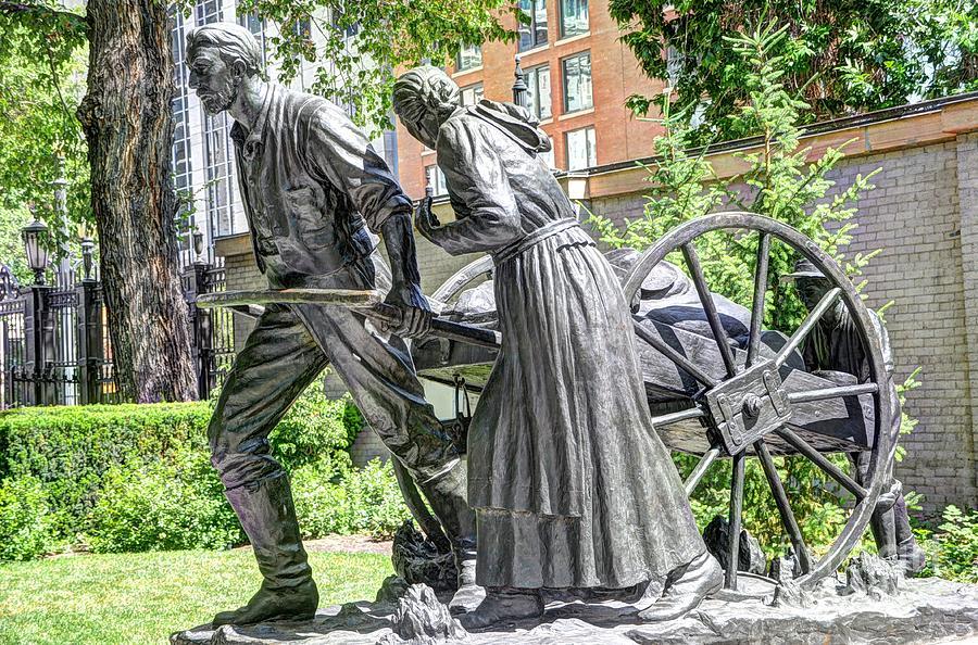 Mormon Photograph - Mormon History - Hand Cart Statue by Gary Whitton
