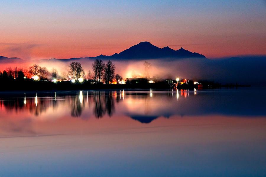 Mount Baker Photograph - Morning Light And Fog by Detlef Klahm