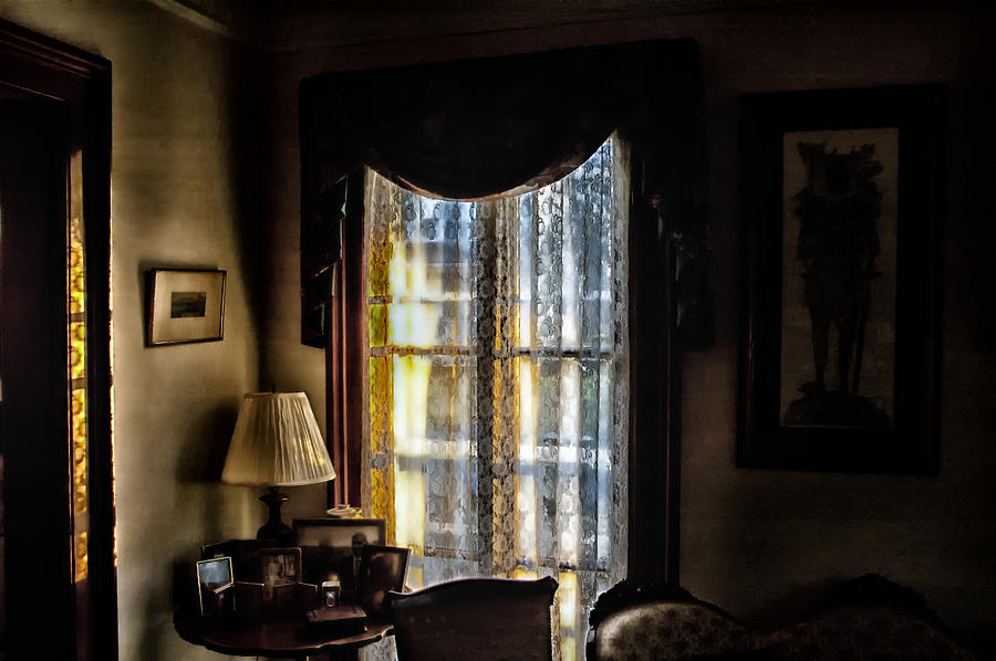 Antique Homes Photograph - Morning Light by Ross Powell