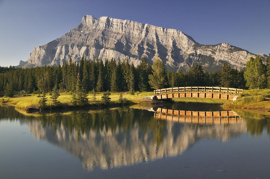 Light Photograph - Mount Rundle And Cascade Ponds, Banff by Darwin Wiggett