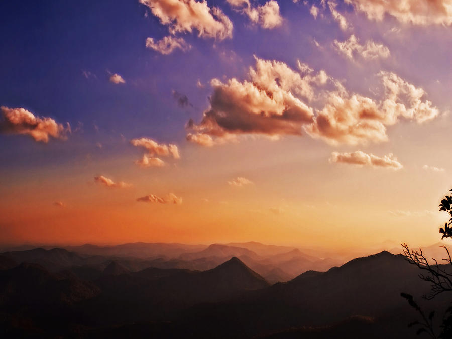 Mountains Photograph - Mountain Sunset by Susan Leggett