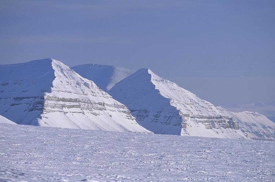 Spitsbergen Photograph - Mountains Above Kings Glacier by Gordon Wiltsie