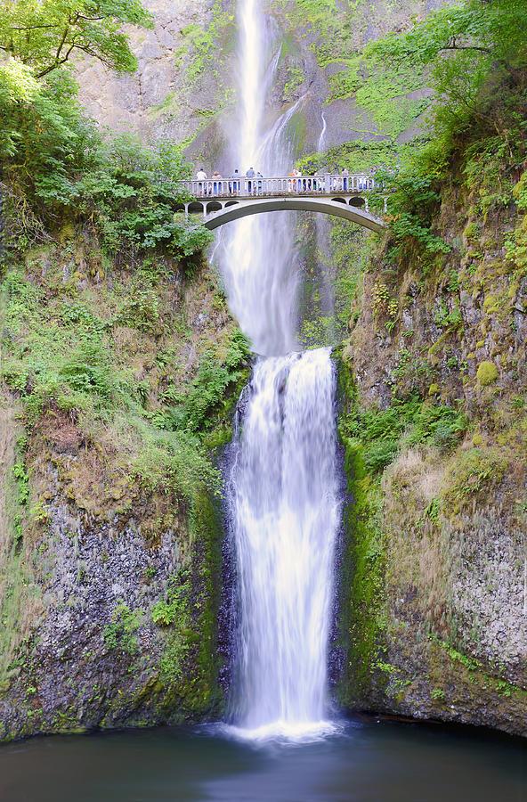 Multnomah Falls Photograph - Multnomah Falls by Vicki Jauron