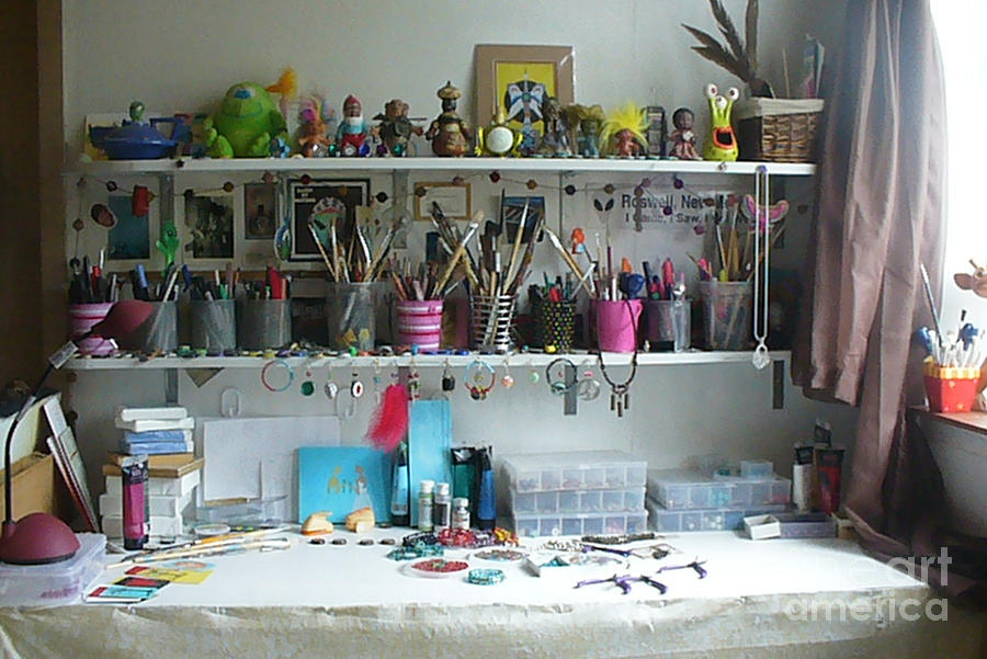 New York Artist Photograph - My Desk On A Slow Day Brooklyn Alien Art by Kristi L Randall
