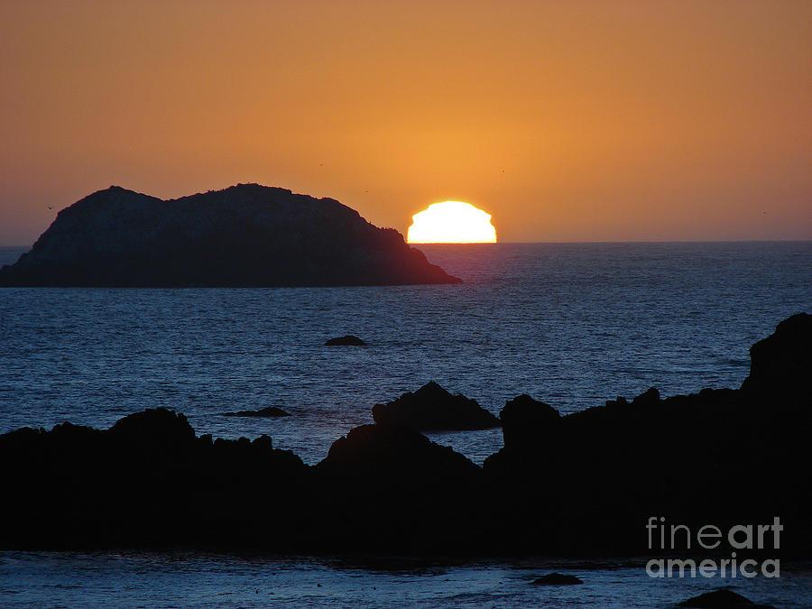 Sunsets Photograph - Mystic Sunset by Suze Taylor