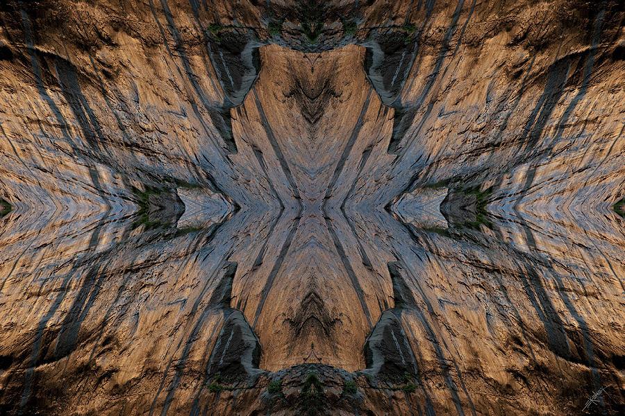 Nature Photograph - Narrows Mask by Ed Kelley