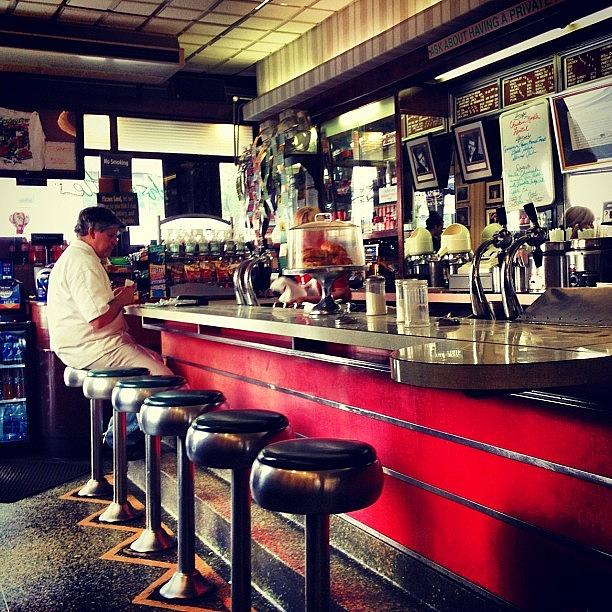 New York City Photograph - New York City Diner by Vivienne Gucwa