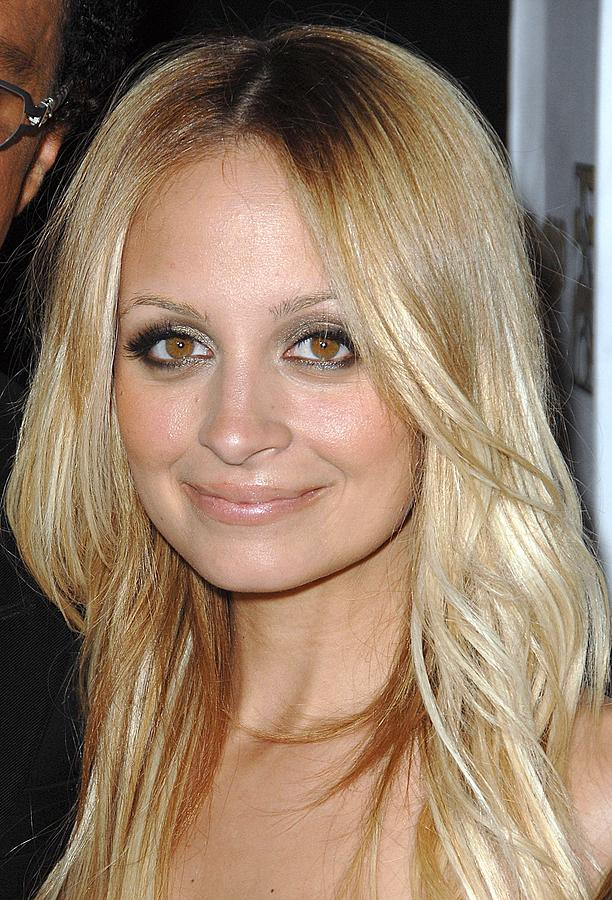 Awards Photograph - Nicole Richie  At Arrivals by Everett