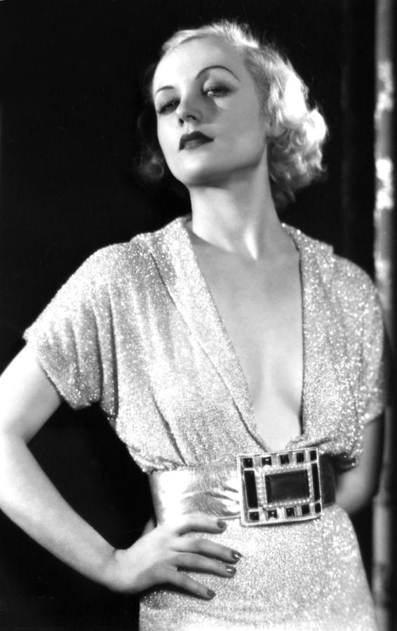 1930s Portraits Photograph - No Man Of Her Own, Carole Lombard, 1932 by Everett