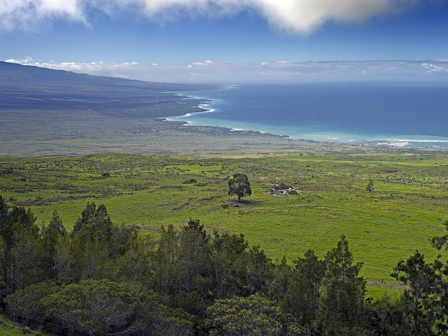 Hawaiian Photograph - Northern Coastline Of Hawaii - The Big Island by Brendan Reals