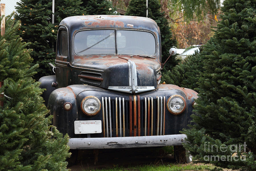 Nostalgic Rusty Old Ford Truck . 7d10279 Photograph by ...