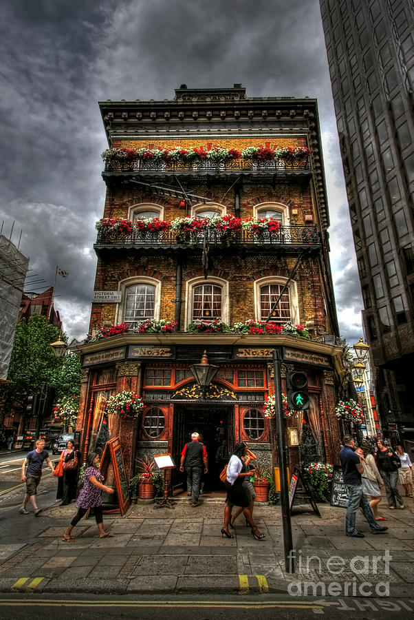 Hdr Photograph - Number 52 Victoria Street by Yhun Suarez