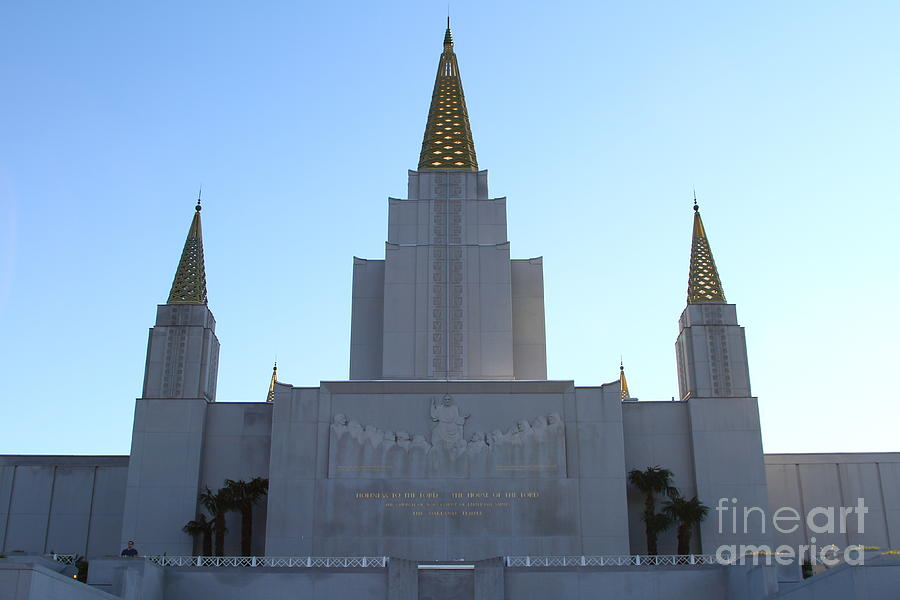 Bayarea Photograph - Oakland California Temple . The Church Of Jesus Christ Of Latter-day Saints . 7d11326 by Wingsdomain Art and Photography
