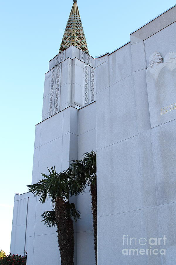 Bayarea Photograph - Oakland California Temple . The Church Of Jesus Christ Of Latter-day Saints . 7d11335 by Wingsdomain Art and Photography