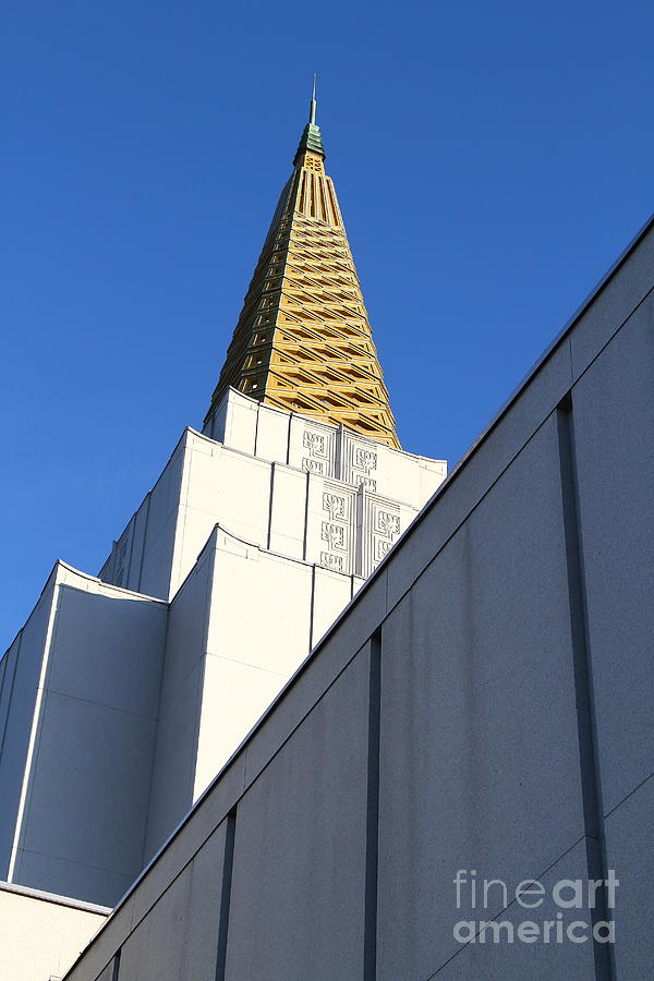 Bayarea Photograph - Oakland California Temple . The Church Of Jesus Christ Of Latter-day Saints . 7d11338 by Wingsdomain Art and Photography