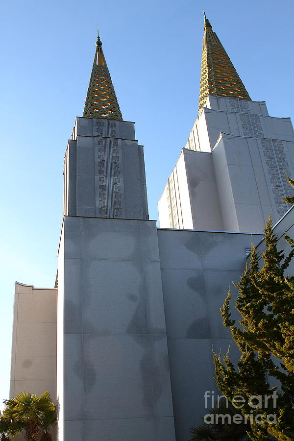 Bayarea Photograph - Oakland California Temple . The Church Of Jesus Christ Of Latter-day Saints . 7d11357 by Wingsdomain Art and Photography