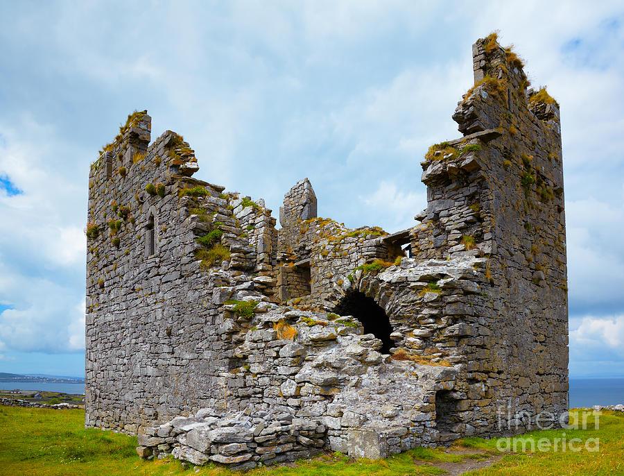 O'brien Castle Photograph - Obrien Castle by Gabriela Insuratelu