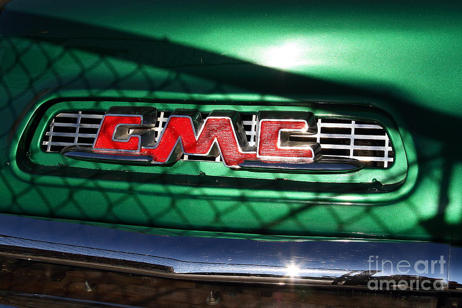 Gmc Photograph - Old American Gmc Truck . 7d10666 by Wingsdomain Art and Photography