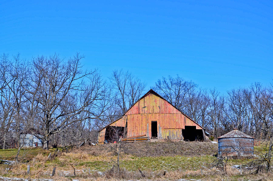 Barn Photograph - Old Barn by Julio n Brenda JnB