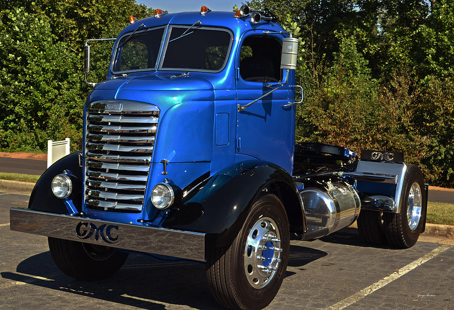 Old Gmc Cab-over Truck Photograph by George Bostian