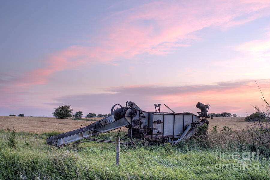 Prairie Sunset Photograph - Old Harvester Sunset by Art Whitton