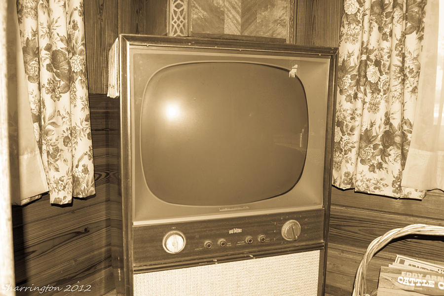 Old Television Photograph by Shannon Harrington