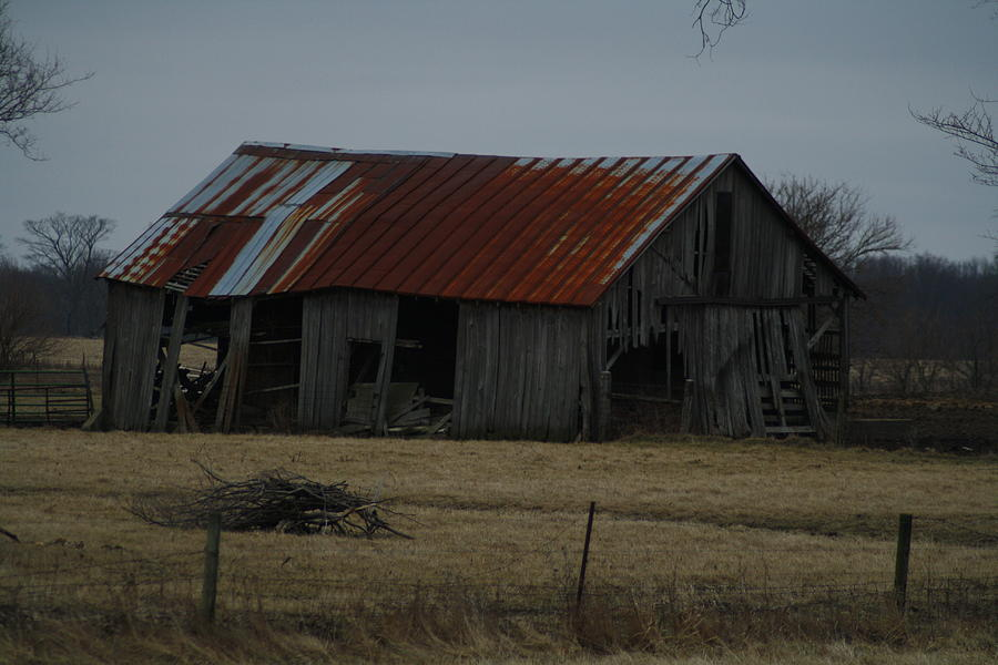 Old Tin Roof Barn Photograph By Ralph Hecht