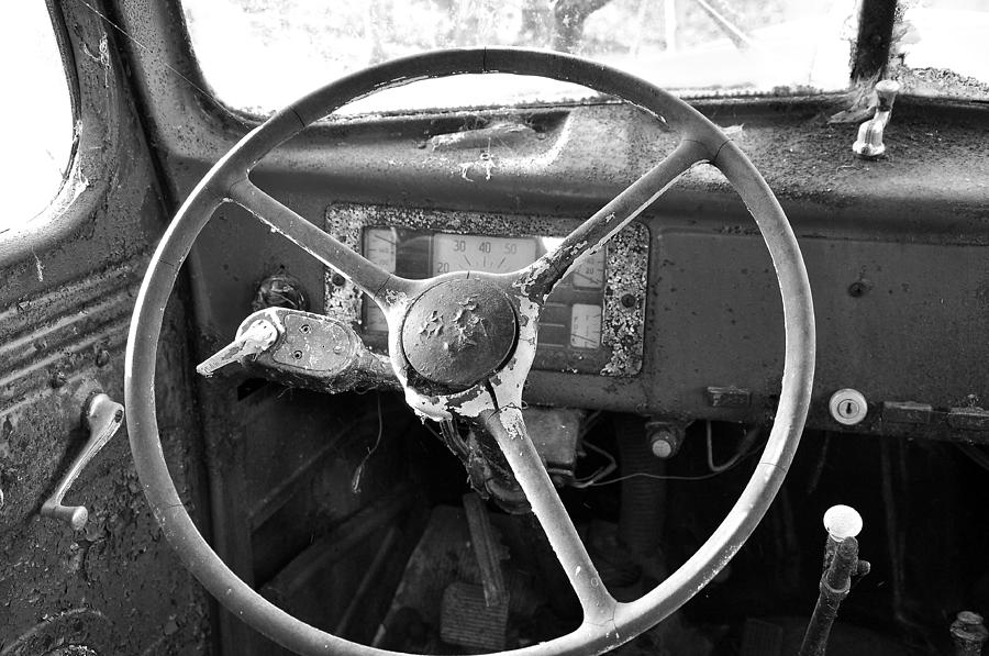 Old Truck Photograph - Old Truck by Todd Hostetter