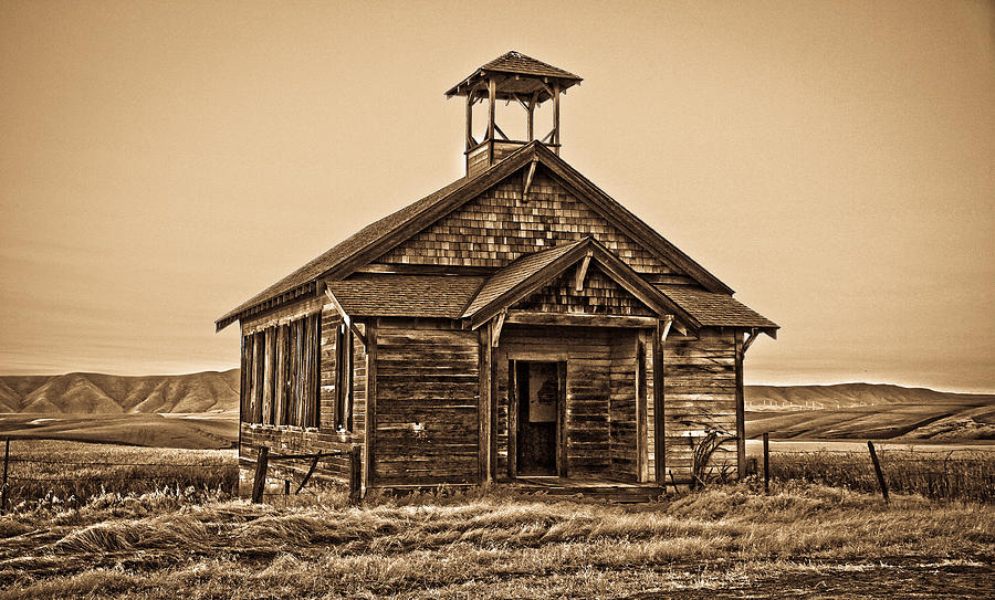 Old west school house photograph by steve mckinzie for Classic house images