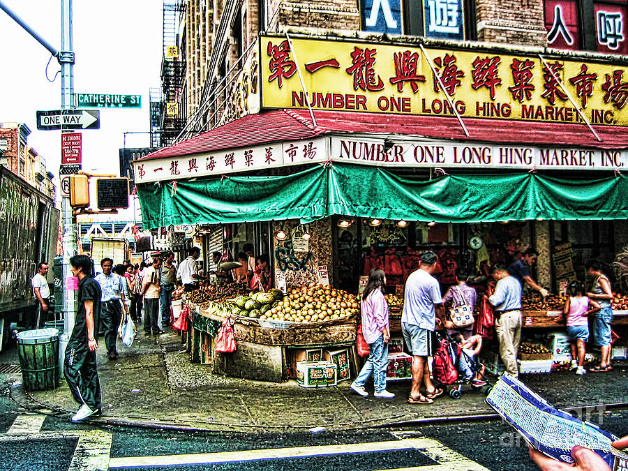 Tour Photograph - On Tour In Chinatown-nyc by Anne Ferguson