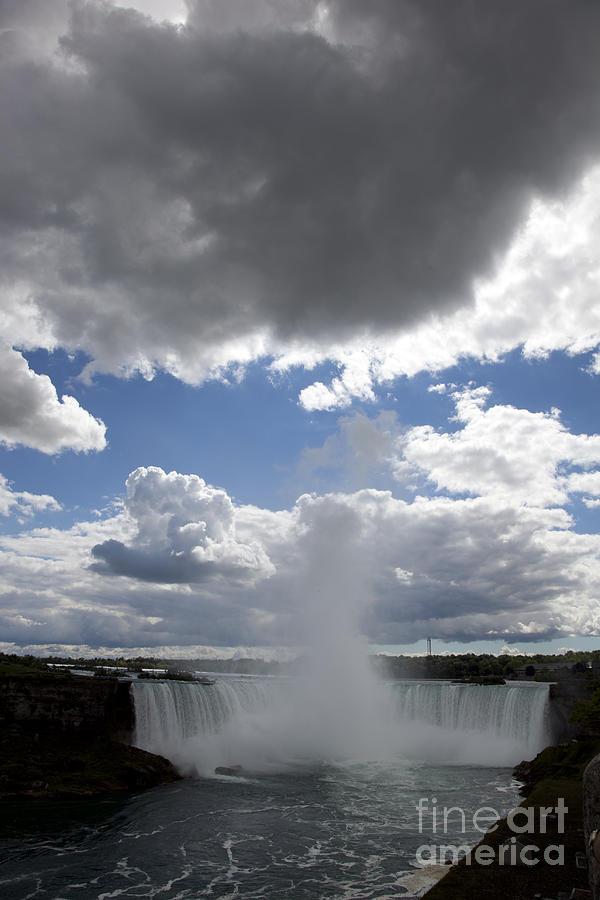 Niagara Photograph - Opening by Amanda Barcon