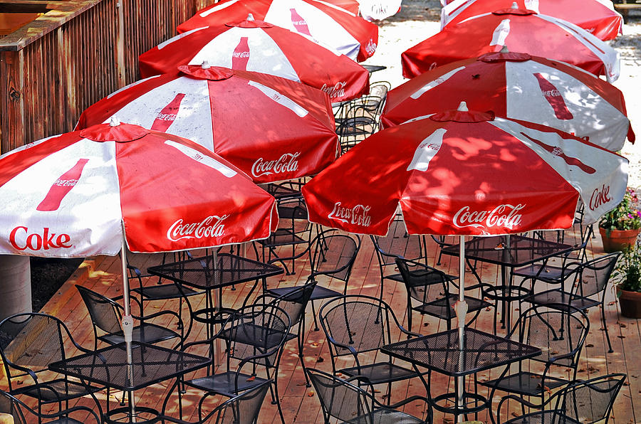 Colorful Photograph - Outdoor Dining by Susan Leggett