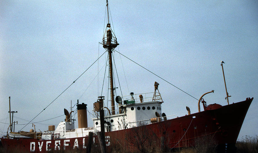 Overfalls Lightship Photograph - Overfalls Lightship by Skip Willits