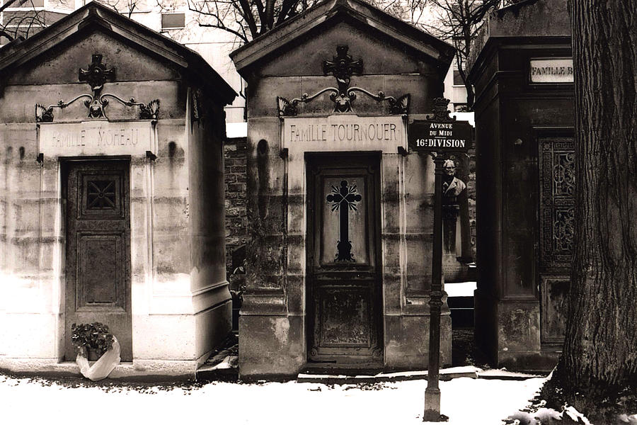 Paris pere la chaise cemetery mausoleums photograph by - Chaise greenwich treca interiors paris ...