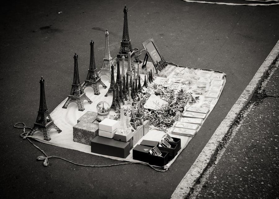 Paris Photograph - Paris for Sale by Edward Myers