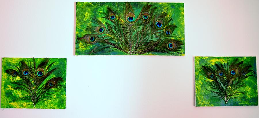 Acrylic Painting - Peacock Feather Trio by Evelyn SPATZ