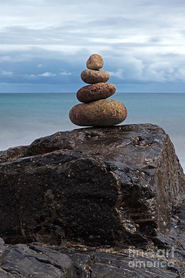 Pebble Sculpture Photograph - Pebble Sculpture by Richard Thomas