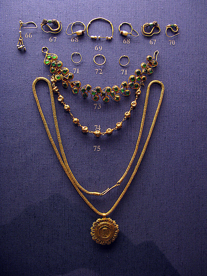 Ancient Earrings Photograph - Pendant With Bracelet by Andonis Katanos