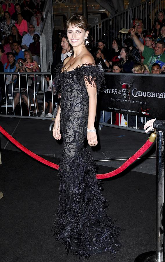 Penelope Cruz Photograph - Penelope Cruz Wearing A Marchesa Dress by Everett