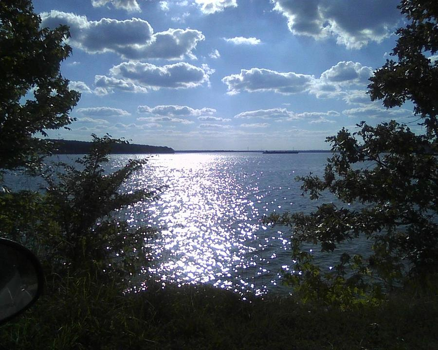Pickwick Lake  Photograph - Perfect Pickwick Beauty by Dorothy S Guinn