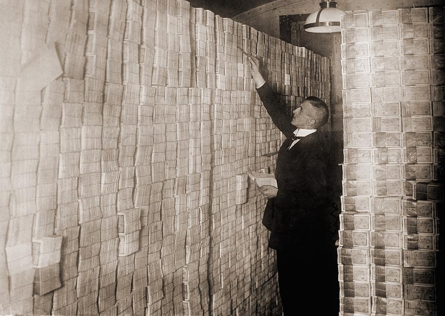 History Photograph - Piles Of German Money In A Berlin Bank by Everett