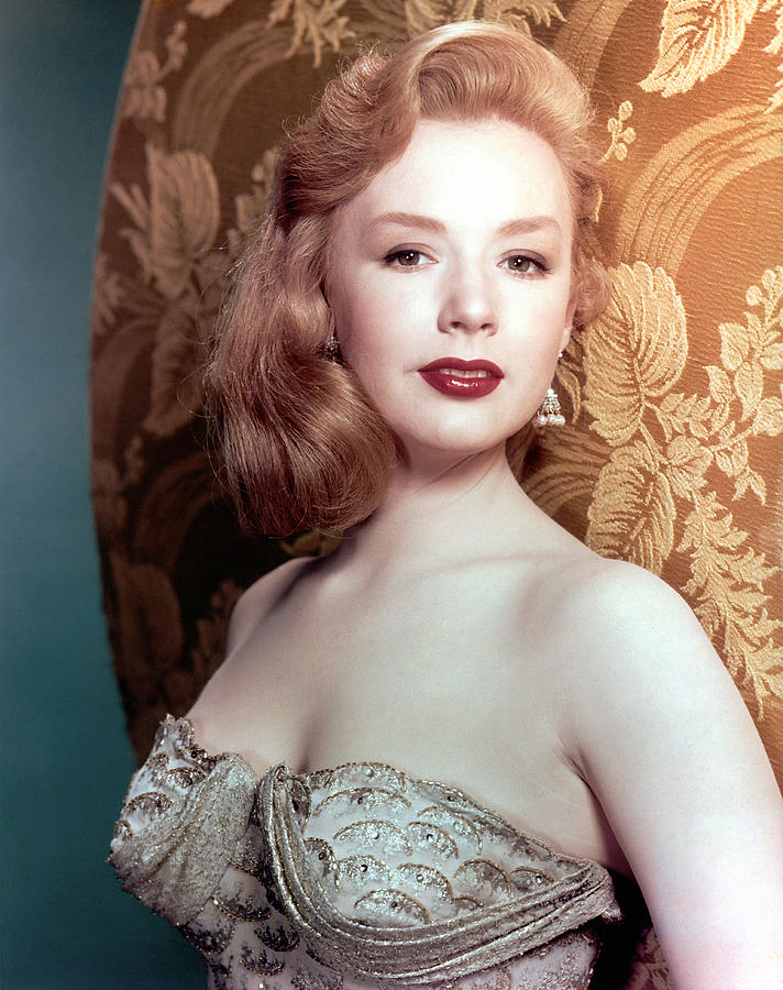 Piper Laurie Photograph By Everett