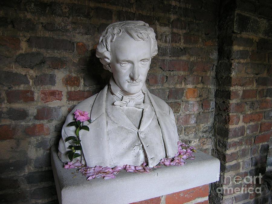 Edgar Allan Poe Sculpture - Poe by Silvie Kendall