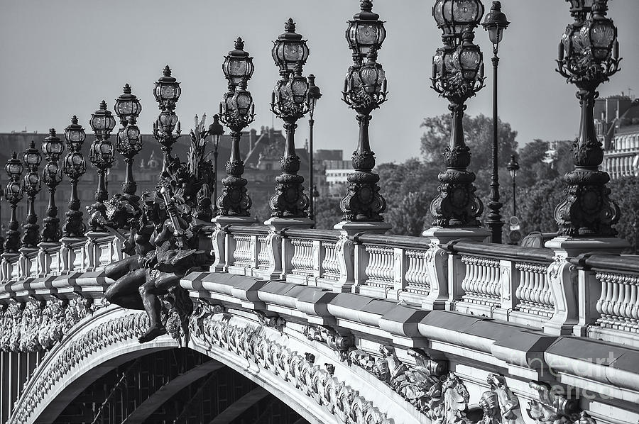 B&w Photograph - Pont Alexander IIi Bw by Clarence Holmes