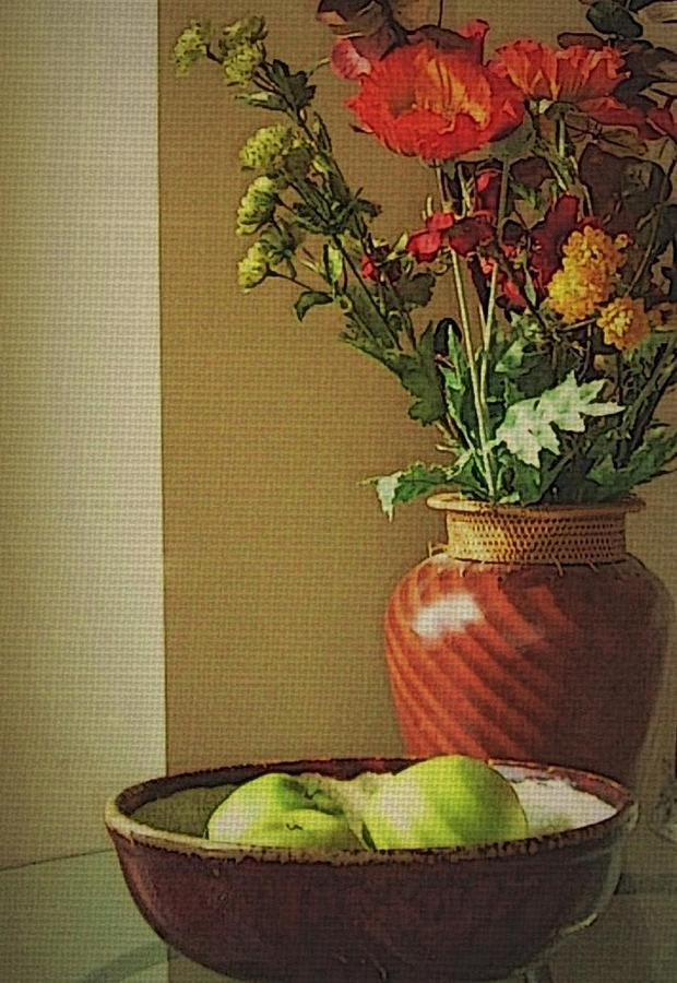 Still Life Photograph - Poppies and apples still life by Joseph Ferguson