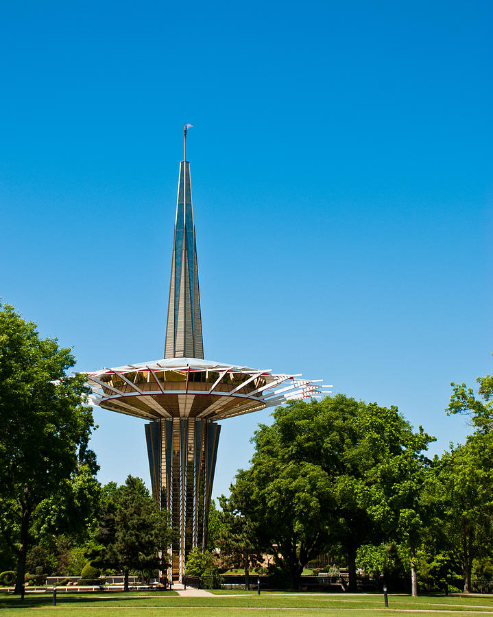 Oral Roberts University Photograph - Prayer Tower Portrait by David Waldo