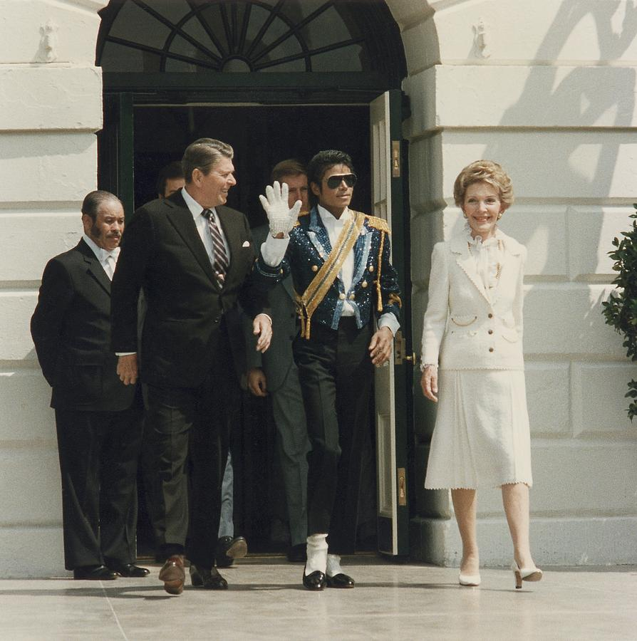 History Photograph - President And Nancy Reagan With Michael by Everett