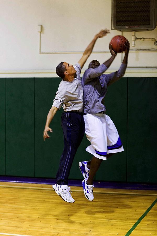 History Photograph - President Barack Obama Blocks A Shot by Everett