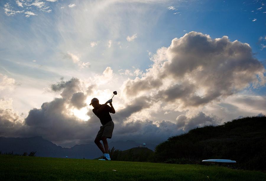 History Photograph - President Barack Obama Plays Golf by Everett