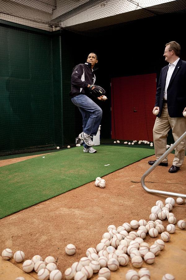 History Photograph - President Barack Obama Practices by Everett